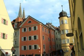 gorod-regensburg-bavarija