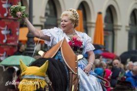 oktoberfest-2015-devushki-foto