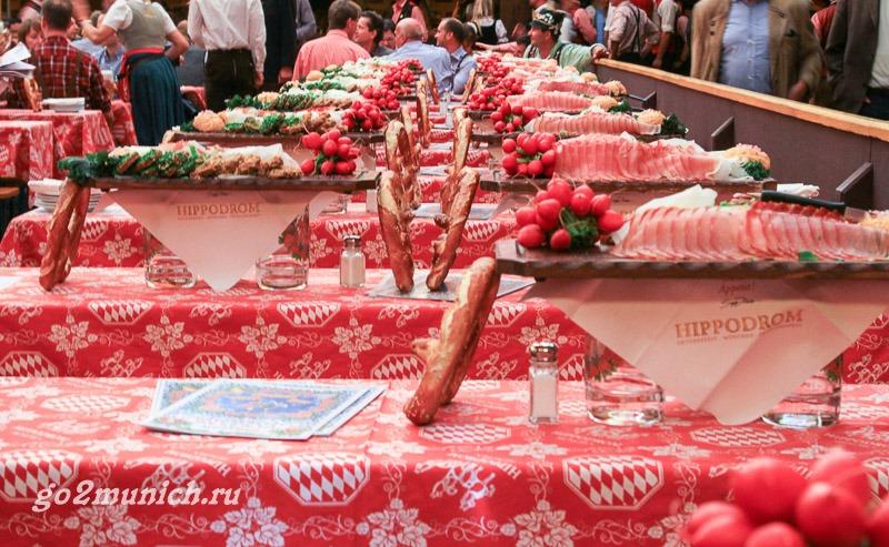 Пивной праздник Октоберфест в Германии