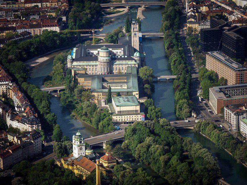 Музей науки и техники Мюнхен