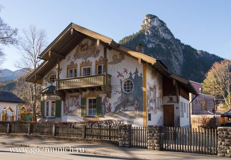 Деревня Обераммергау расписные дома