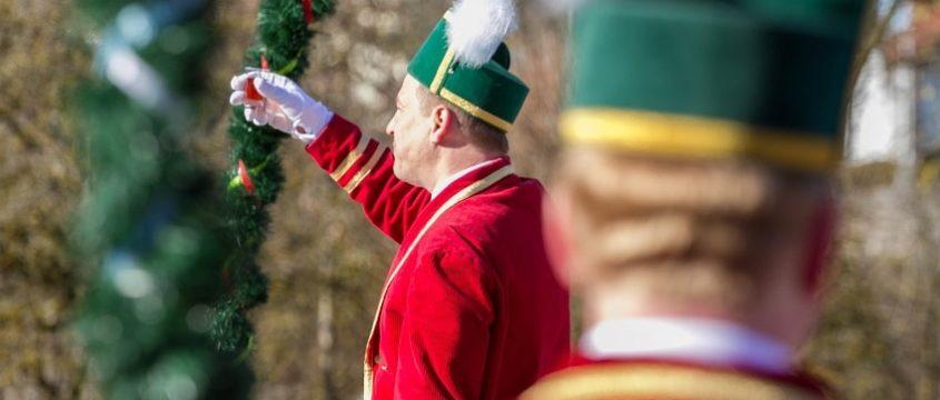Традиции Мюнхена и Баварии танец Бондарей видео