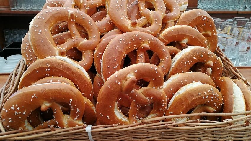 Баварский крендель брецель