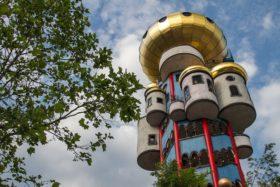 Башня архитектора Хундертвассера Кухльбауэр